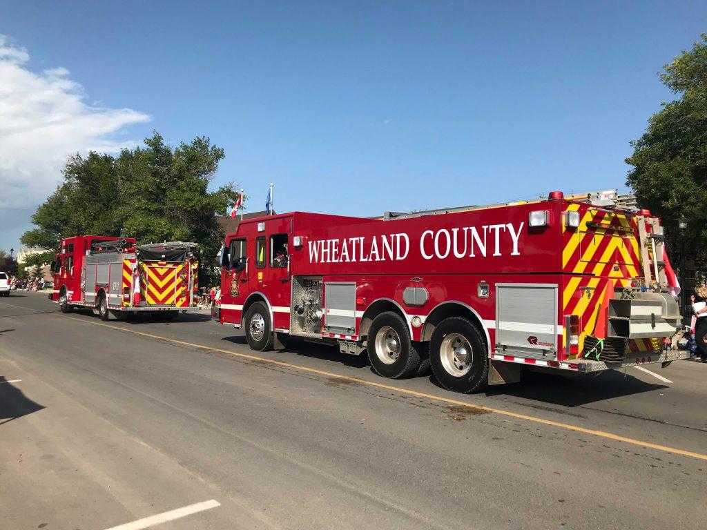 2019_wheatland_west_fire_trucks